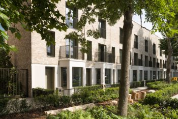 Team effort achieves award-winning South Gardens scheme